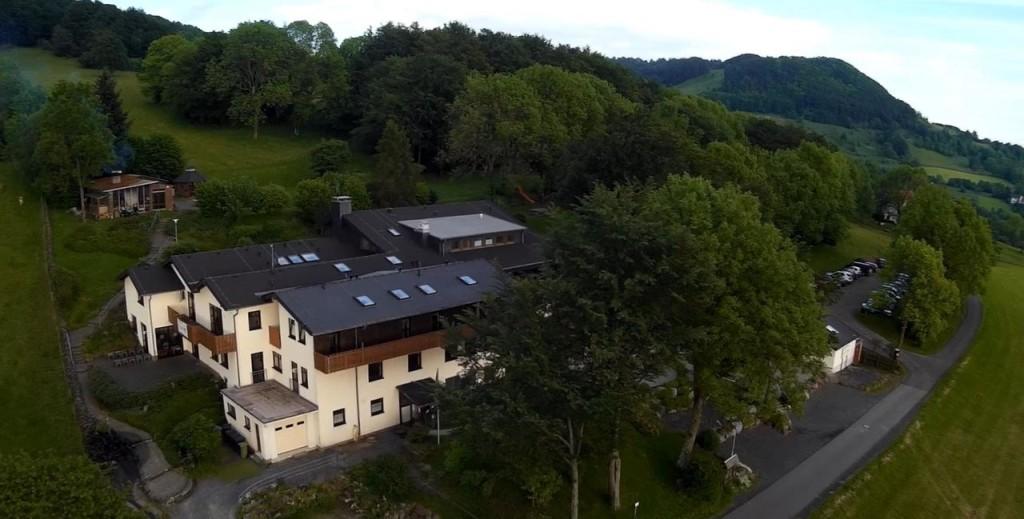 DJO-Landeseim Rhön von oben per Gleitschirm
