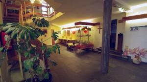 Fotos vom Eingangsbereich und Treppenhaus